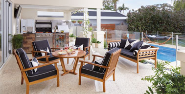 outdoor-living-brochure_flyout
