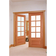 Woodcraft Doors 2040 x 820 x 40mm Clear Safety Glass Whitehouse Entrance Door