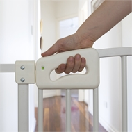 Perma Child Safety White Ultimate Safety Gate