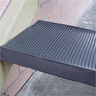 Ideal DIY Floors 25 x 75cm Black Rubber Stair Tread