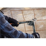 Fiskars 355mm Powergear Bolt Cutter